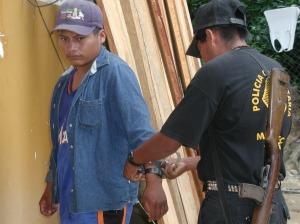 Policía Comunitario en acción