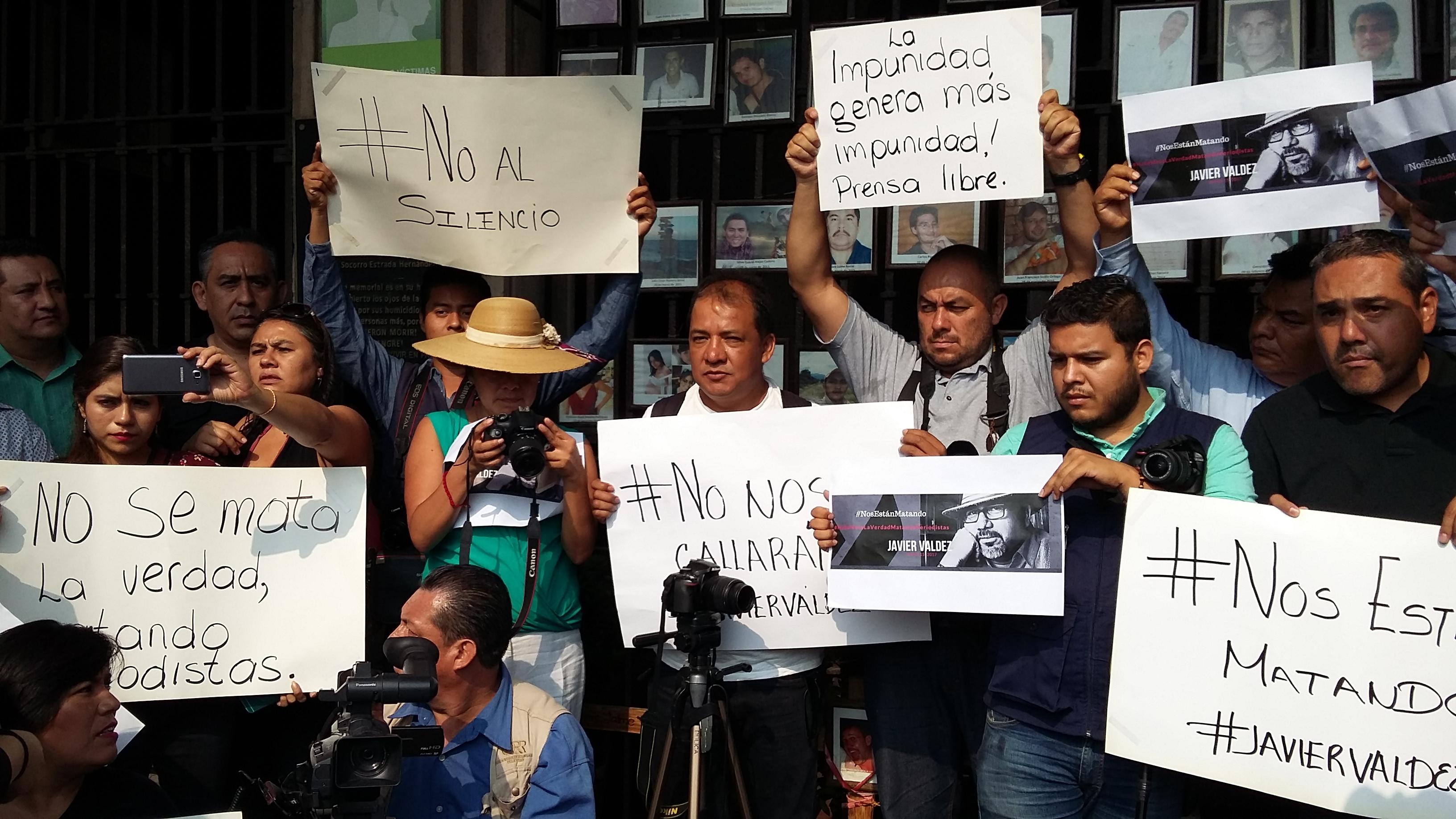 protestaperiodistas16may17